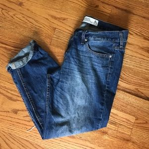 Abercrombie & Fitch Boyfriend Jeans